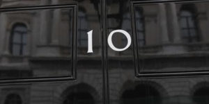 image of 10 downing street front door